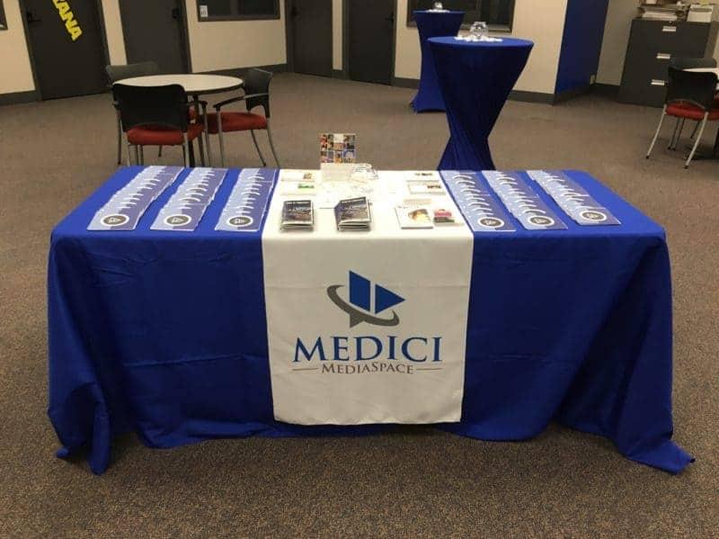 Medici-MediaSpace-table